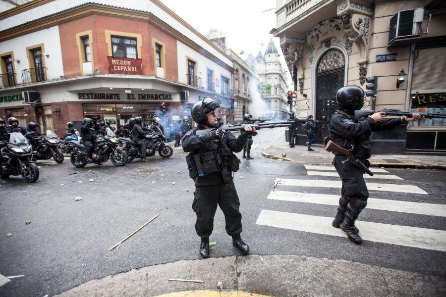 ATE y la CTA-A repudian la represión y exigen la liberación de lxs detenidxs