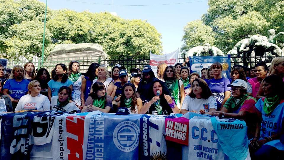 Mujeres Trabajadoras de las Centrales Sindicales y de los Movimientos Sociales marcharán juntas al Congreso