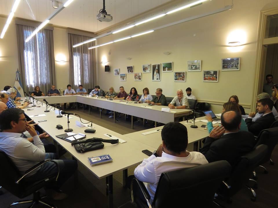 Sin oferta salarial en la primera reunión paritaria de la docencia universitaria y preuniversitaria