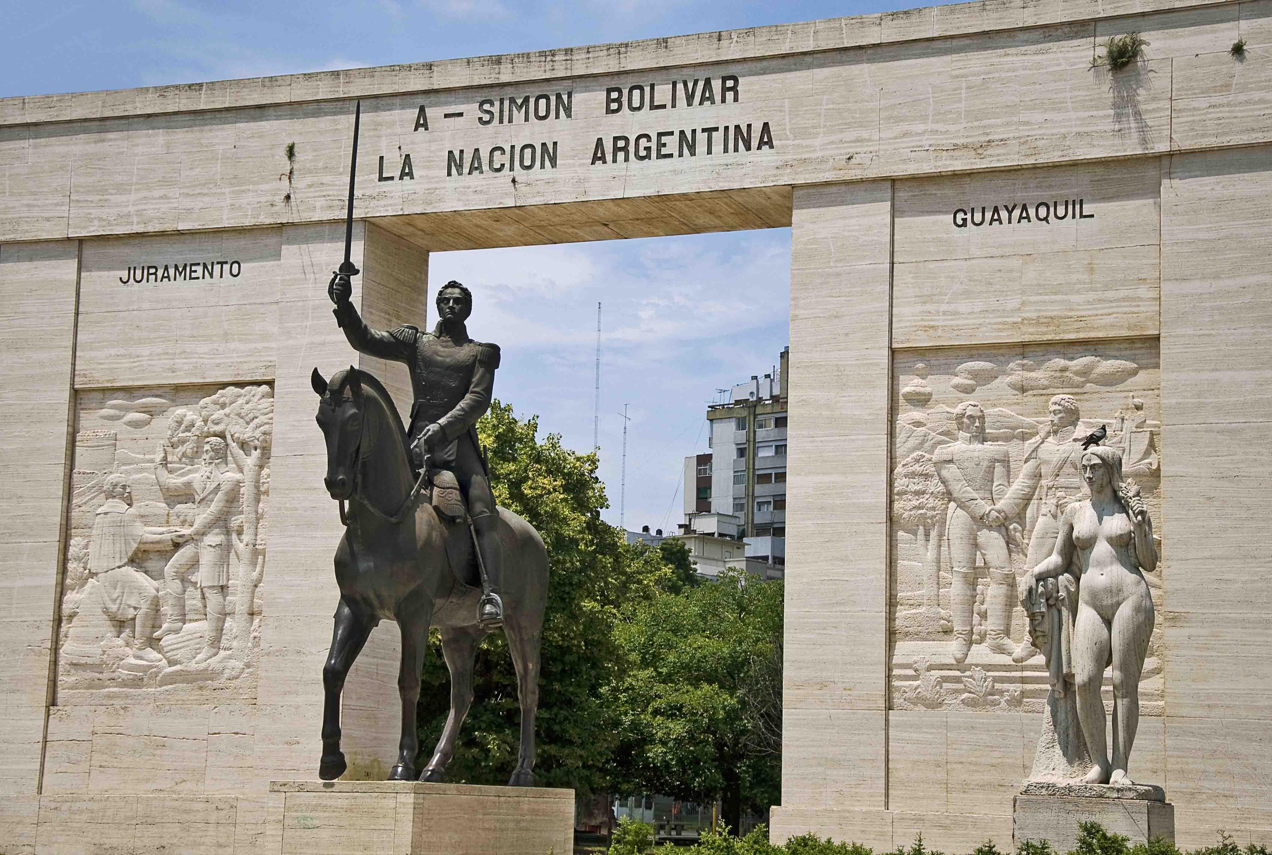 Homenaje a Simón Bolivar