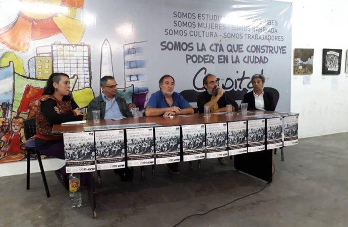 """Se inauguró la muestra plástica """"Centenario de la Semana Trágica"""""""