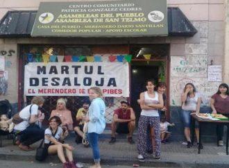 La Asamblea de San Telmo resiste el desalojo