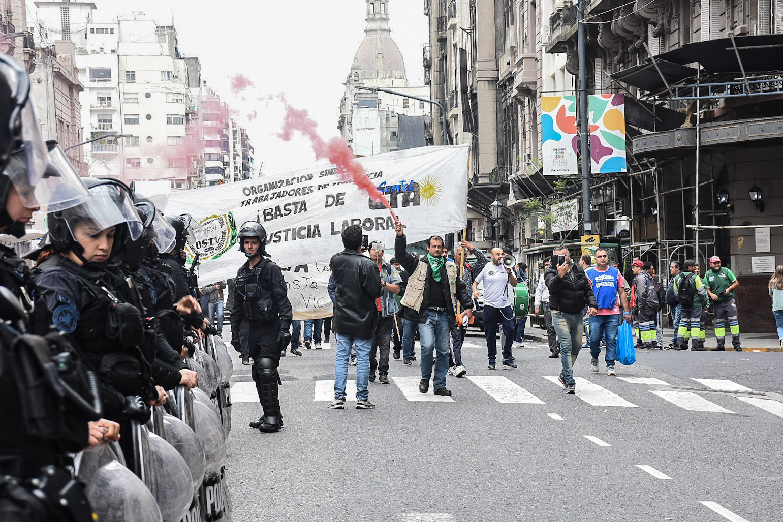 Carlos López: ¡Hoy este Gobierno nos está matando de hambre!