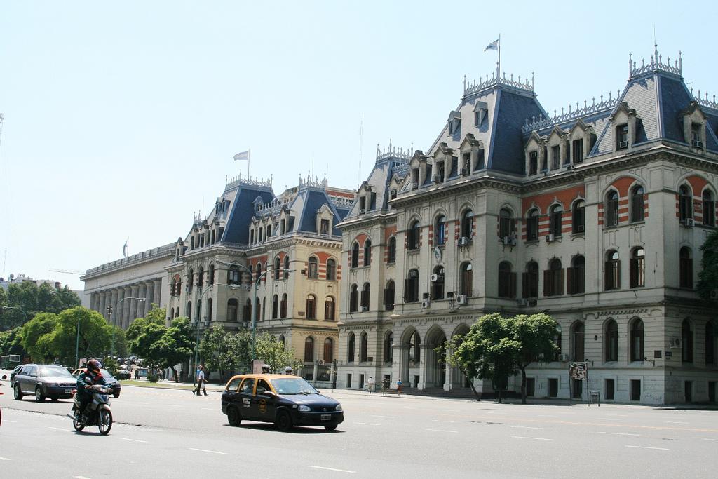 Paseo_Colón,_Buenos_Aires_(31408)