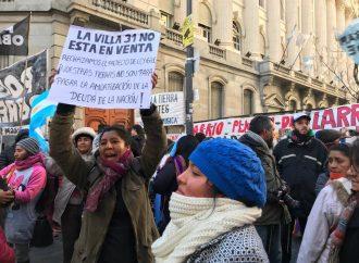 Una multitud se movilizó contra la Ley de Enajenación en la Villa 31