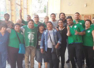La CTAA Capital apoyó la lucha de los auxiliares de la educación del Mariano Acosta