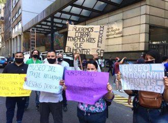 Las y los trabajadores del Ministerio de Cultura se movilizaron al Ministerio de Trabajo de la Nación