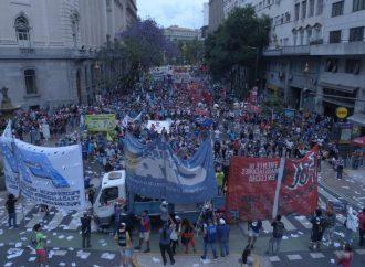 """Spataro: """"Movilizamos porque en la Ciudad más rica del país hay un millón de pobres y se triplicó la indigencia"""""""