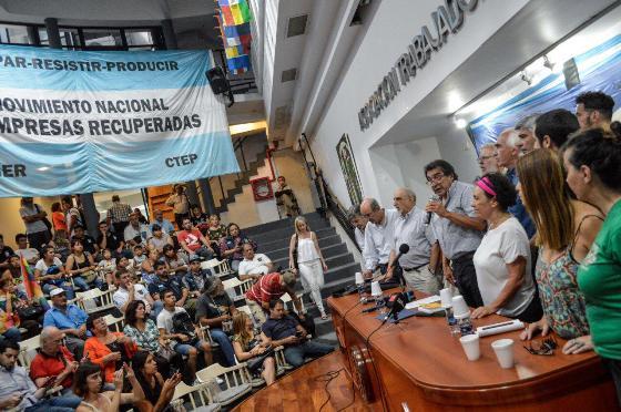 En un multitudinario acto, organizaciones argentinas apoyaron el relanzamiento de la CELAC