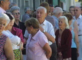Plata para recomponer los haberes jubilatorios hay, lo que falta es voluntad política
