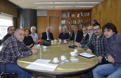 reunion_con_tomada