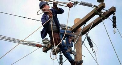 trabajador-electricidad-620x330
