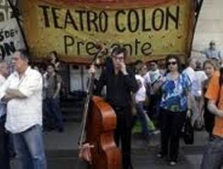 Despidos en el Teatro Colón