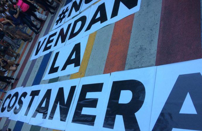 ¡La Costanera no se vende!